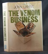 The Venom Business by  John (Michael Crichton) Lange - First Edition - 1969 - from Ken Hebenstreit, Bookseller (SKU: 14751)