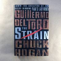 image of The Strain: Book One of The Strain Trilogy (The Strain Trilogy, 1)