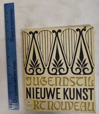 Unidentified: Haags Gemeentemuseum, 1960. Paperback. VG- ex-library copy with call number label, car...