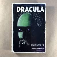 Dracula (Modern Library, 31.2)