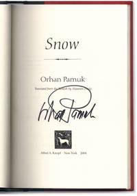 Snow. Translated by Maureen Freely.