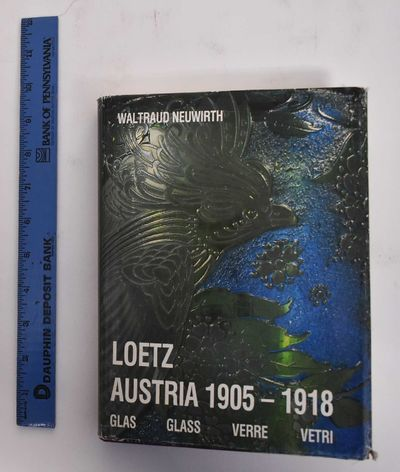Wien: W. Neuwirth, 1986. Hardcover. VG/G+, dust jacket chipped and worn at edges, pencil mark on FFE...