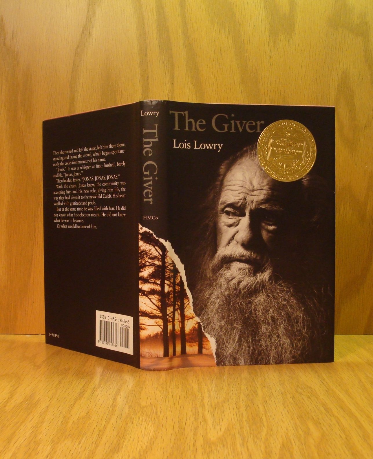 a character analysis of the book the giver by lois lowry