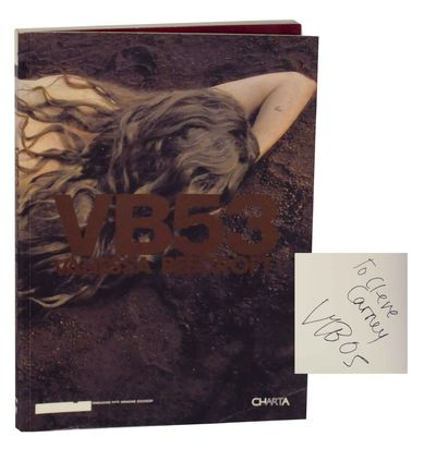 Milan: Charta, 2005. First edition. Softcover. 84 pages. Texts by Lapo Cianchi, Maria Luisa Frisa, F...