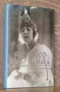 image of A SINGULAR ELEGANCE THE PHOTOGRAPHS OF BARON ADOLPH DE MEYER