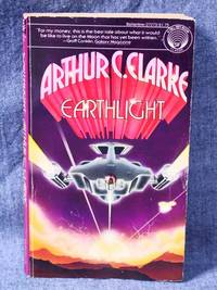 Space Trilogy 2 Earthlight
