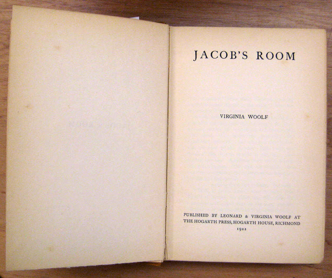 an analysis of the novel jacobs room by virginia woolf These papers were written primarily by students and provide critical analysis of jacob's room by virginia woolf unsettling, homogenous fiction: the uncertain boundary between life and art but what of the chickens: jacob's room and the masculine martyr narrative.