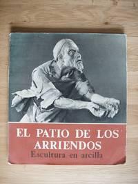 image of El Patio De Los Arriendos  -  Escultura En Arcilla