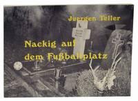Nackig Auf Dem Fussballplatz