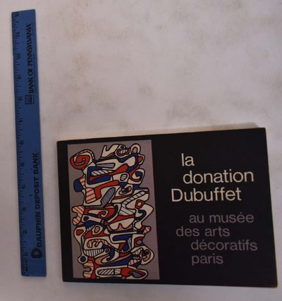 Paris: Musee des Arts Decoratifs, 1967. Paperback. VG. Black and color-illustrated card wraps with w...