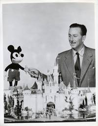 image of Walt Disney's Wonderful World of Color (Photograph from the television series)