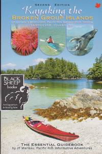 Kayaking the Broken Group Islands on Canada\'s West Coast, Pacific Rim National Park Reserve