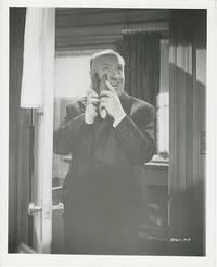 ALFRED HITCHCOCK / PSYCHO (1960) Photo of director clowning around