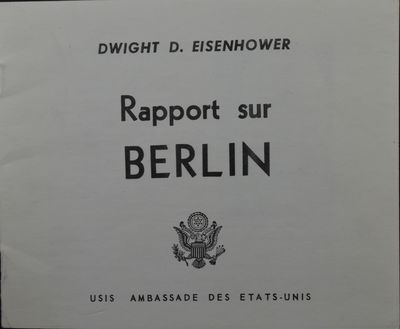 : USIS/Ambassade des États-Unis, . First Edition, First Printing. Oblong 16mo, 6 1/4 x 5 1/4 inches...