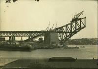 Sydney Harbour Bridge under construction