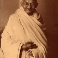 Gandhi: A Photo Biography (PHOTOGRAPHY)