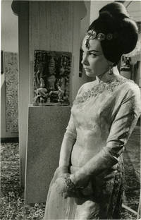 image of Gambit (Original double weight photograph of Shirley MacLaine from the 1966 film)