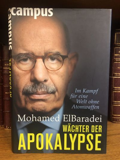 Frankfurt: Campus Verlag, 2011. First German Edition. Hardcover. Octavo, 366 pages; VG/VG; spine is ...