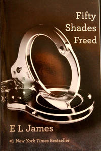 image of Fifty Shades Freed: Book Three of the Fifty Shades Trilogy (Fifty Shades of Grey Series) (English Edition)