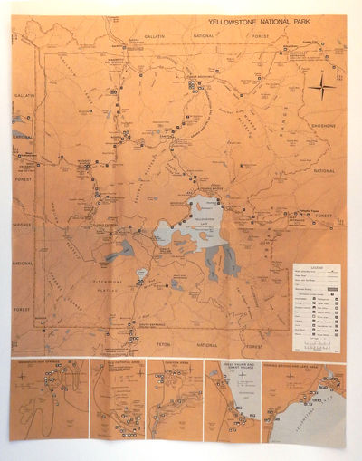 Washington DC: U.S. Government Printing Office, 1979. Very good. 33 x 43 cm. Chromolithograph map in...