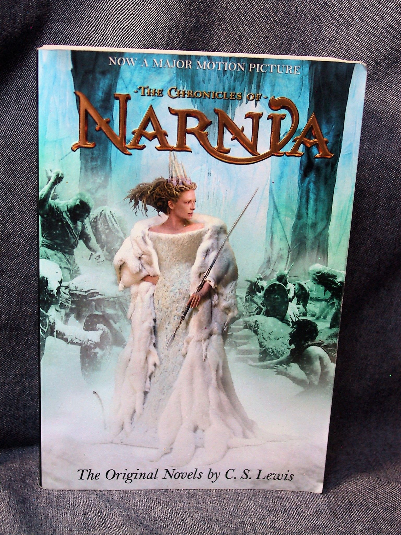 chronicles narnia lewis paperback