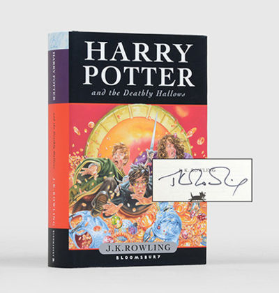 Harry Potter and the Deathly Hallows. by ROWLING, J. K - 2007