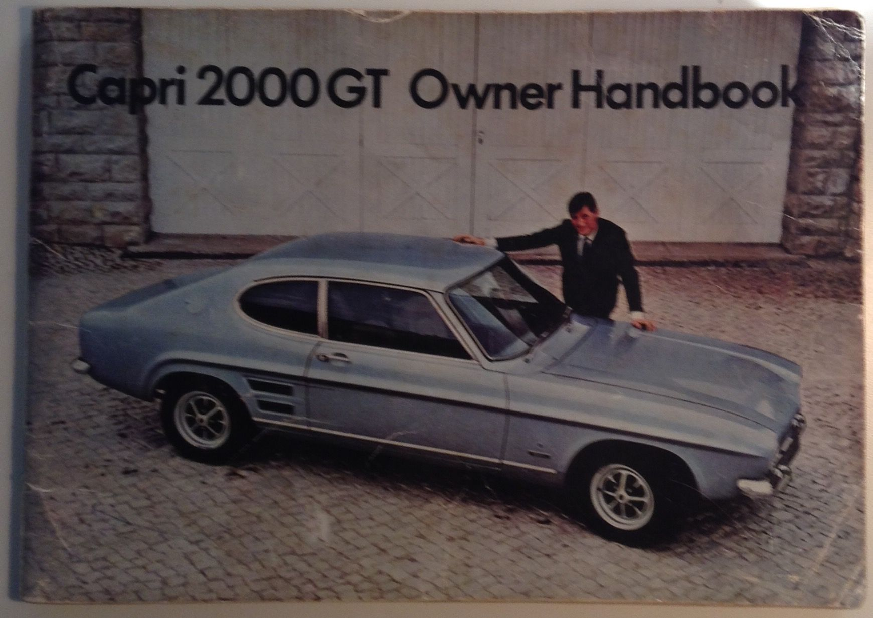 ford capri 2000gt owner handbook by ford motor co first. Black Bedroom Furniture Sets. Home Design Ideas