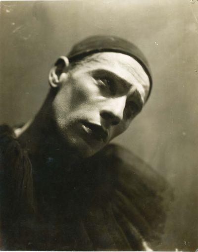 Paris: Jean Strelecki, ca. 1925. (Vertinsky, Alexandr). . Paris: Jean Strelecki, (ca. 1925). With st...