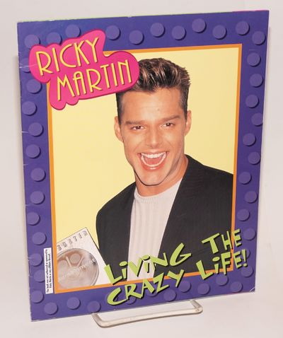 Chicago: Kids Books, 1999. 24p., 10x8 inches, illustrated with color photos of the Pop-star, very go...
