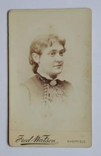 Carte De Visite Photograph: A Portrait a a Young Woman.