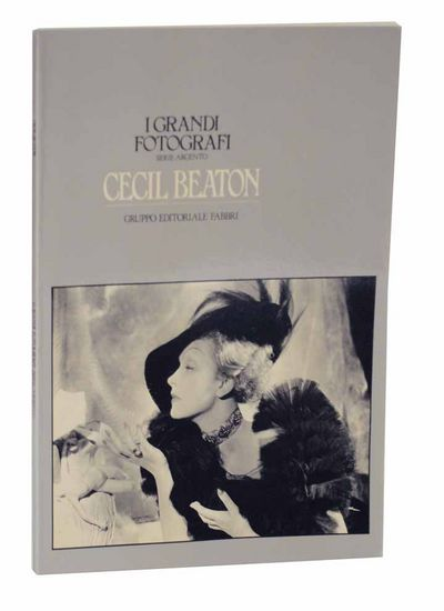 Milan: Gruppo Editoriale Fabbri, 1982. First edition. Softcover. Text by Philippe Garner in Italian....