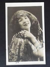 AUTOGRAPH RP POSTCARD Gwendoline Brogden English Opera Musical Comedy Star 1920  AUTOGRAMM AUTOGRAFO ORIGINAL SIGNED by a - Signed - from Denton Island Books (SKU: dscf7135)