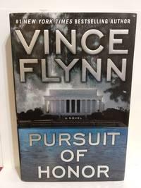 Pursuit Of Honor(Mitch Rapp, No. 10)