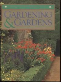 Larousse Gardening and Gardens