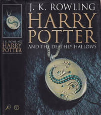 Harry Potter and the Deathly Hallows [Adult Edition]