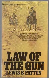 image of 1961 Vintage Western Paperback Law of the Gun by Lewis Pattern