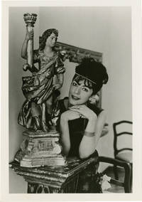 image of Archive of six original photographs of opera star Anna Moffo