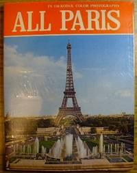 All Paris in 130 photos in colour