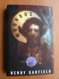 Moondog by  Henry Garfield - First edition first printing - 1995 - from Scene of the Crime Books, IOBA (SKU: 18883)