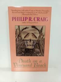 Death on a Vineyard Beach: A Martha's Vineyard Mystery