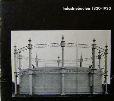 Munchen: Die Neue Sammlung, 1967. First edition. Paperback. Very Good. Oblong 8vo. Photo-illustrated...
