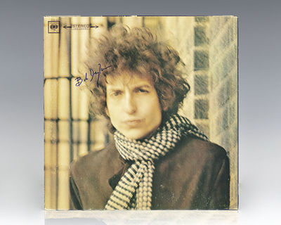 1966. Original pressing of one of the greatest albums of all-time. Boldly signed by Bob Dylan on the...