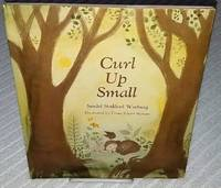 CURL UP SMALL
