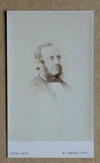 Carte De Visite Photograph: Portrait of a Gentleman.