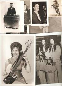 GROUP OF 11 CANDID PHOTOGRAPHS OF UNIDENTIFIED PERFORMERS