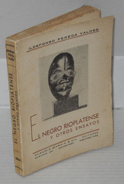 Montevideo: Claudio Garcia & Cia, 1937. Paperback. 138p. + scattered plates, previous owner's signat...