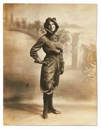 [Photo]: Early Aviatrix Harriet Quimby