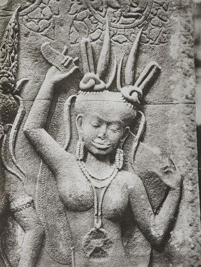 Le Temple d'Angkor Vat (Angkor Wat):...