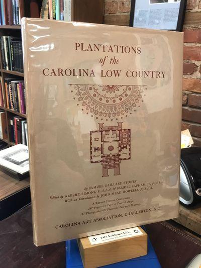 Carolina Art Association, 1955-01-01. 4th. Hardcover. Very Good/Very Good. 1955 Fourth Edition (Revi...