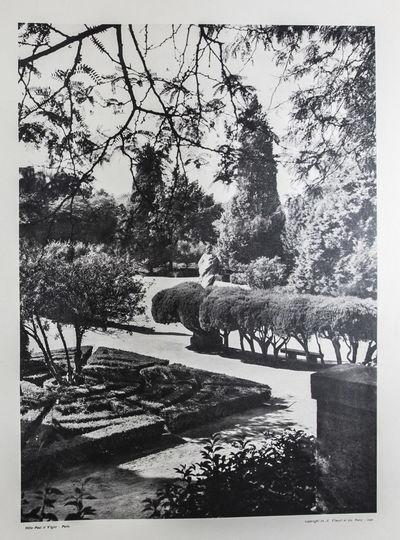 Paris: A. Vincent & Cie, 1926. First edition. Hardcover. g. Large folio. Unpaginated. pp (text), 124...